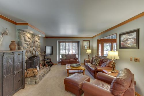 Salishan Lane 02 | Discover Sunriver - Sunriver, OR Vacation Rental