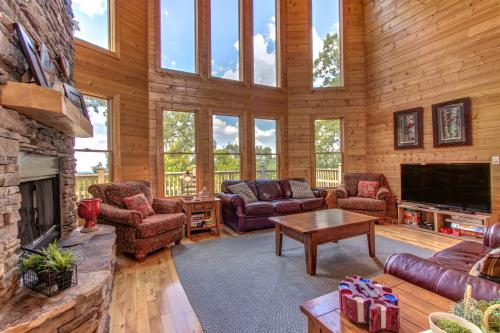 Blue Ridge Retreat Cabin -  Vacation Rental - Photo 1
