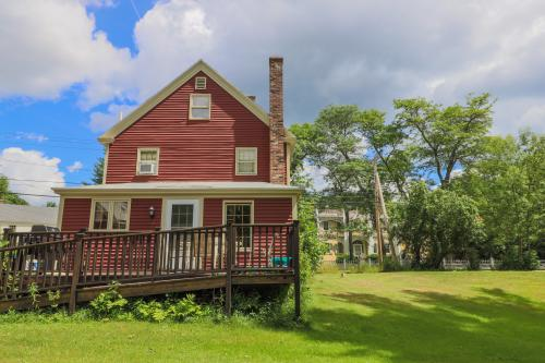 Historic Charmer - Kennebunk, ME Vacation Rental