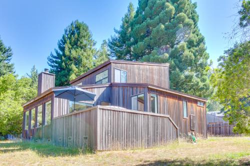 The Bobcat House - Sea Ranch, CA Vacation Rental
