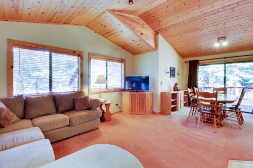Four Bears Lodge -  Vacation Rental - Photo 1