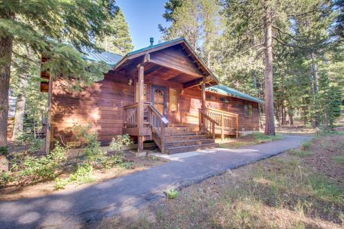 Four Bears Lodge -  Vacation Rental - Photo 1