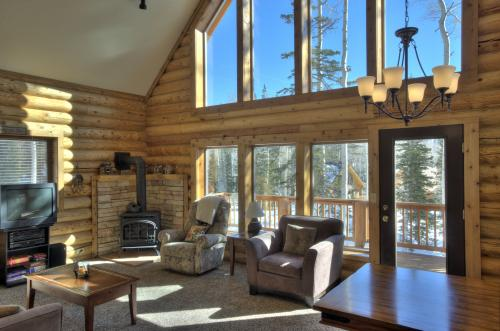Rue Jolley Cabin - Brian Head Vacation Rental