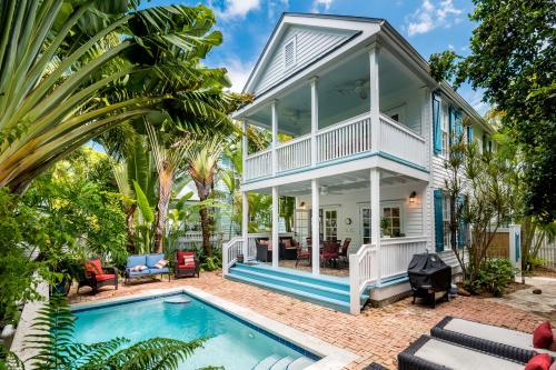 Aqua Pearl Crest  -  Vacation Rental - Photo 1