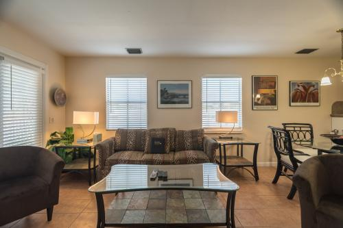 Duval Square Penthouse R19 -  Vacation Rental - Photo 1