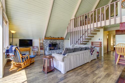 Perfect Getaway And Escape in Lake Arrowhead -  Vacation Rental - Photo 1
