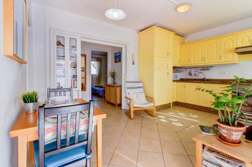 Apartamento La Sal - Arico, Spain Vacation Rental