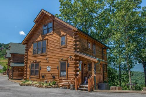 BearSlide Inn Cabin -  Vacation Rental - Photo 1