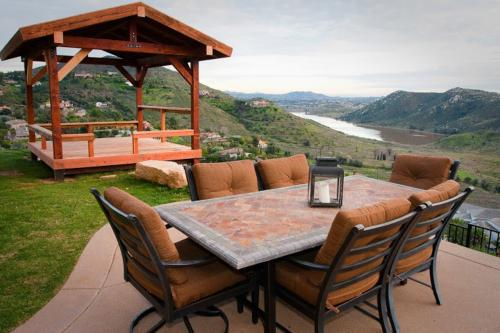 Top 42 southern california vacation rentals from 49 vacasa for Cabin rentals in southern california