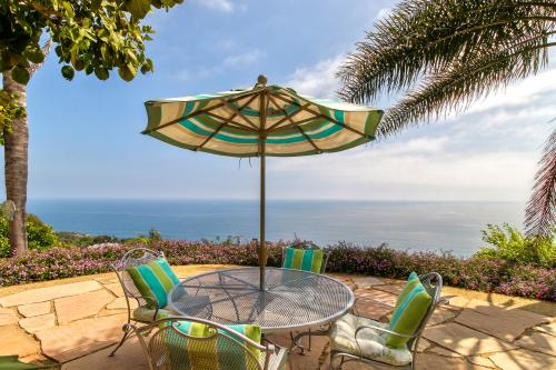 Ocean Sunsets Suite + Malibu Beachcomber Bungalow - Malibu, CA Vacation Rental