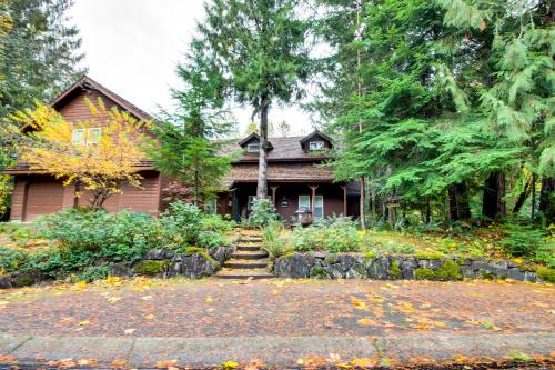 The Lodge at Welches Studio - Welches Vacation Rental