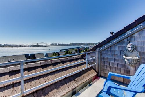 Bayfront Relaxation - Newport, OR Vacation Rental