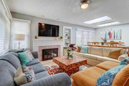 Oceanside Beach Bungalow - Oceanside, CA Vacation Rental