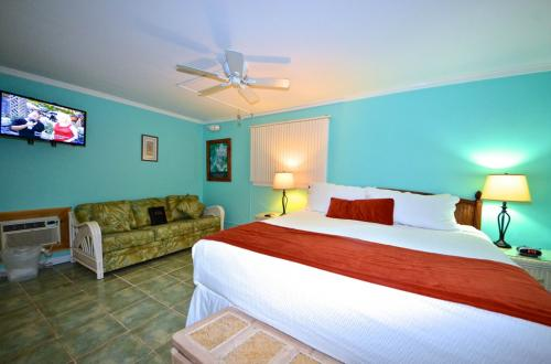 Papa's Hideaway #4 - Islands in the Stream - Key West, FL Vacation Rental