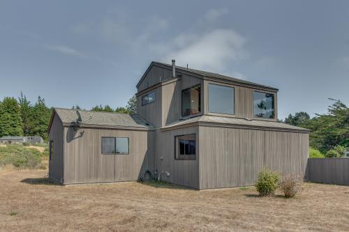 Madrone House -  Vacation Rental - Photo 1