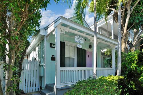 Conch Casa -  Vacation Rental - Photo 1