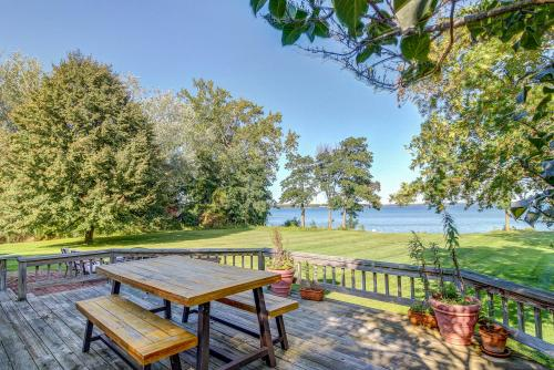 Escape to Jiggerhouse Point - North Hero, VT Vacation Rental
