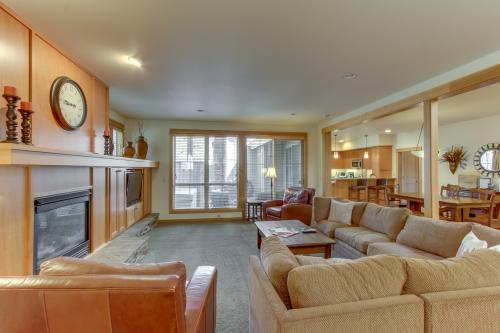 8  Fremont Crossing -  Vacation Rental - Photo 1