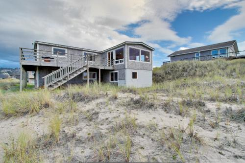 Ocean Front Sunsets - Pacific City, OR Vacation Rental