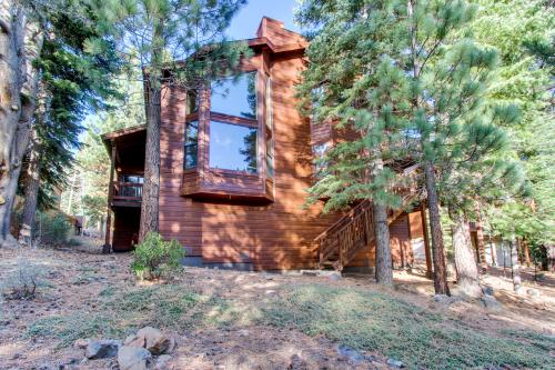 Bears Lair - Truckee, CA Vacation Rental
