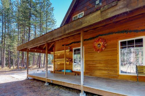 Pine Acres -  Vacation Rental - Photo 1