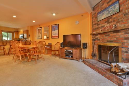 Locke Mountain A8 -  Vacation Rental - Photo 1