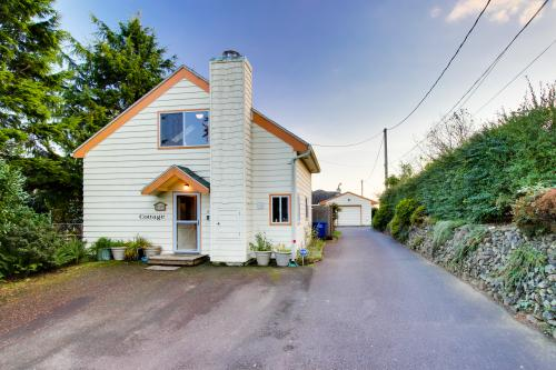 The Cottage - Newport, OR Vacation Rental