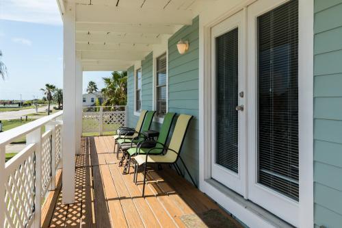 Lime Inn - Jamaica Beach, TX Vacation Rental