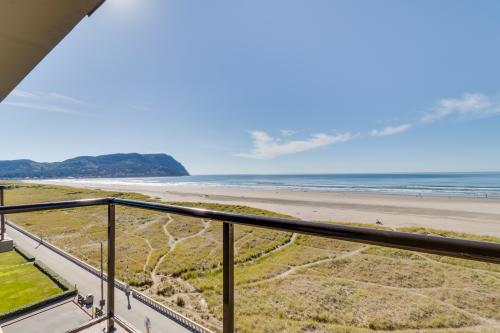 Sand & Sea: Beach Palette (602) -  Vacation Rental - Photo 1