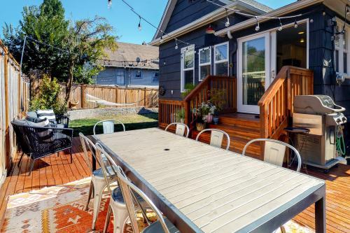 Phinney Ridge Excellence -  Vacation Rental - Photo 1