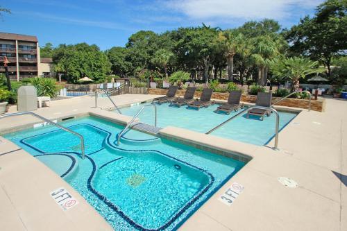 Island Club 143 -  Vacation Rental - Photo 1
