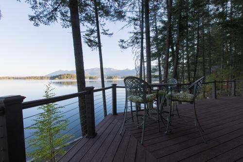 Deer Island Cabin - Bigfork, MT Vacation Rental