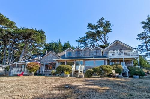 Fensalden Manor - Albion, CA Vacation Rental