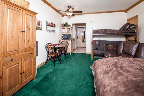Cedar Breaks Lodge 3303 - Brian Head Vacation Rental