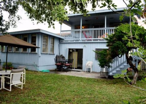 Surf's Up -  Vacation Rental - Photo 1
