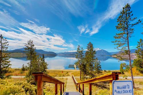 Lakeside Lodge -  Vacation Rental - Photo 1