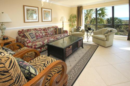 Shorewood 204 -  Vacation Rental - Photo 1