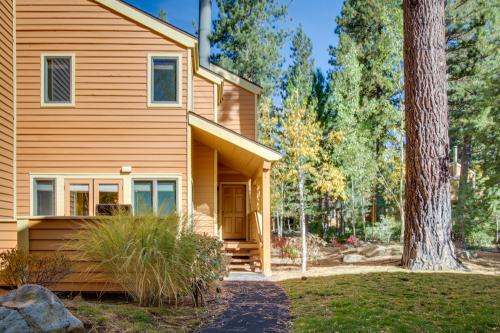 McCloud 137 -  Vacation Rental - Photo 1
