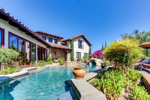 Top 42 southern california vacation rentals from 60 vacasa for Cabin rentals in southern california