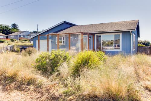 Baxter's Retreat - Waldport, OR Vacation Rental