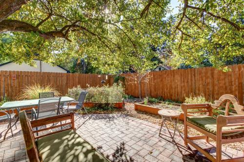 Hyde Park Victorian -  Vacation Rental - Photo 1