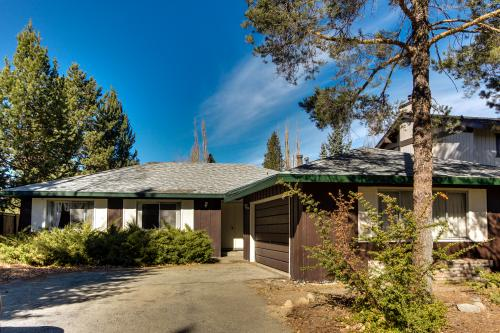 Monterey Retro Waterfront - South Lake Tahoe Vacation Rental