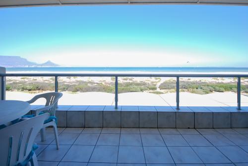 Dolphin Beachfront Condo -  Vacation Rental - Photo 1