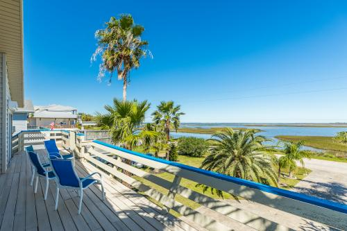 Taylor's Perch - Jamaica Beach, TX Vacation Rental