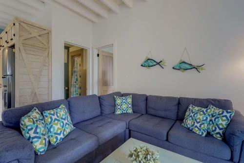 Bedroom Suite @ Coastal View -  Vacation Rental - Photo 1