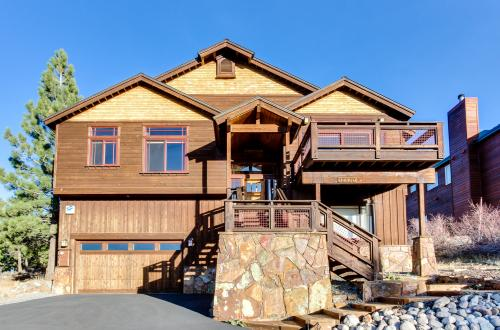 The Pinnacle - Truckee Vacation Rental