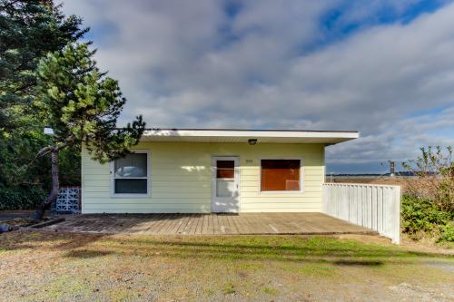 Bay Breeze - Coos Bay Vacation Rental