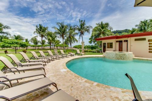 Tres Regalos 303N -  Vacation Rental - Photo 1