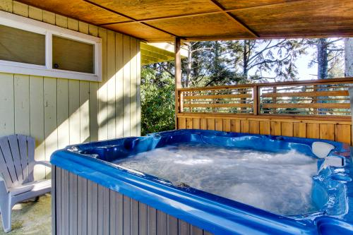 The Sandy Spur -  Vacation Rental - Photo 1
