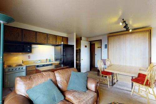 Shaffer Butte View (216C) - Boise, ID Vacation Rental